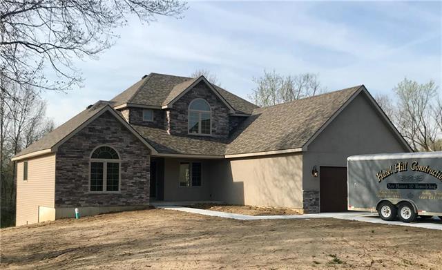 8 SE 230 Road, Warrensburg, MO 64093 (#2142391) :: Kansas City Homes