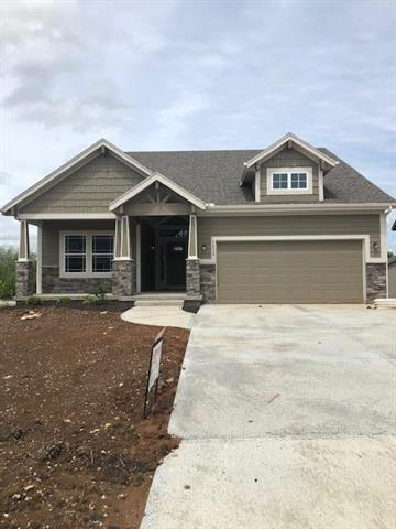 1072 N Sumac Street, Olathe, KS 66061 (#2142571) :: The Shannon Lyon Group - ReeceNichols