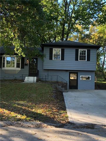 8156 NE San Rafael Drive, Kansas City, MO 64119 (#2143204) :: No Borders Real Estate