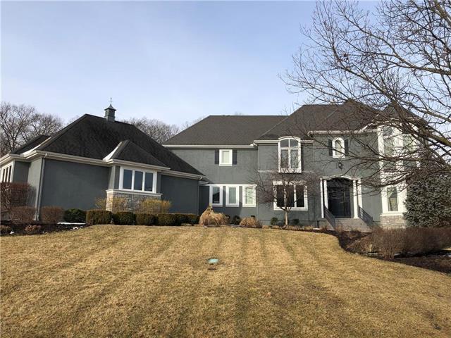 8714 Deer Run Street, Lenexa, KS 66220 (#2143364) :: Team Real Estate