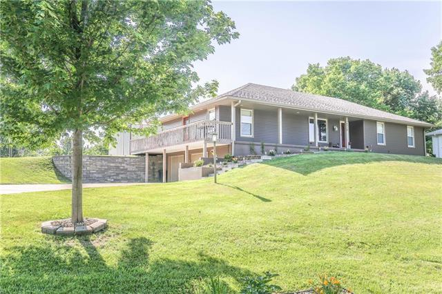 14710 Red Rock Drive, Platte City, MO 64079 (#2143768) :: Kansas City Homes