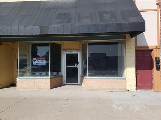 308 S Main Street, Ottawa, KS 66067 (#2144342) :: The Shannon Lyon Group - ReeceNichols