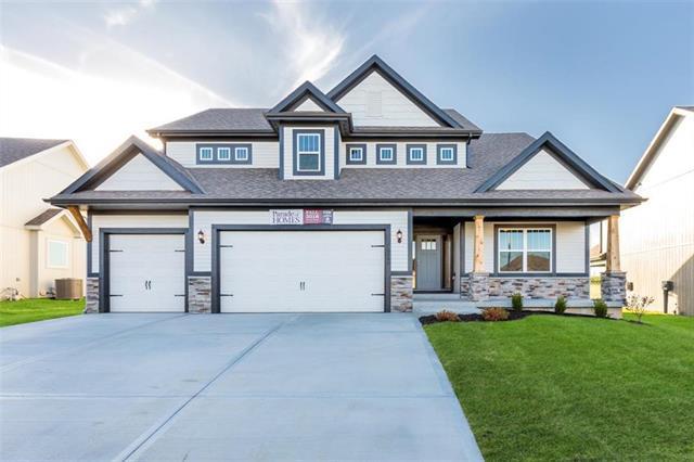 10501 N Randolph Avenue, Kansas City, MO 64157 (#2144984) :: No Borders Real Estate