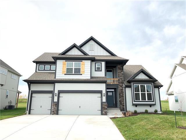10544 N Randolph Avenue, Kansas City, MO 64157 (#2144989) :: Dani Beyer Real Estate