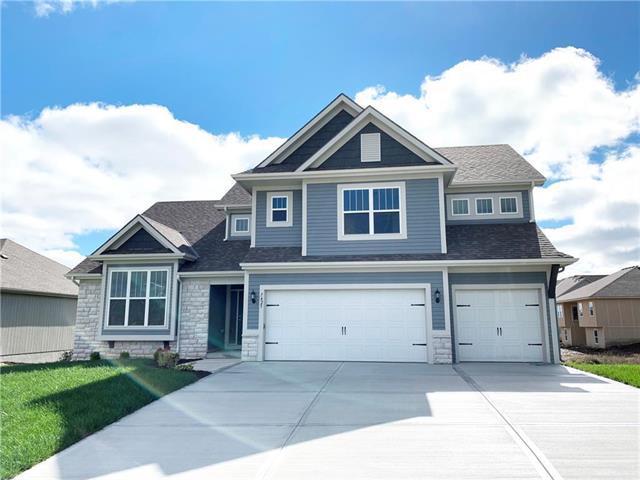 7425 NE 105th Terrace, Kansas City, MO 64157 (#2144994) :: Dani Beyer Real Estate