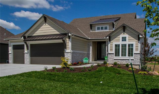 108 NW Mackenzie Drive, Lee's Summit, MO 64081 (#2145091) :: House of Couse Group