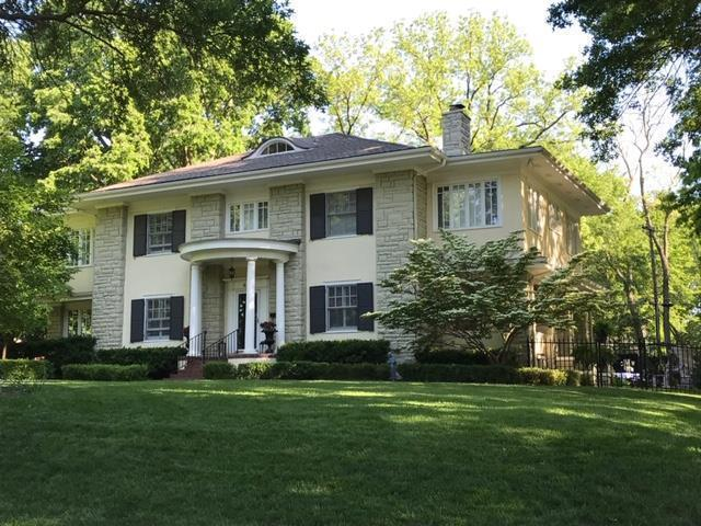 800 Westover Road, Kansas City, MO 64113 (#2145169) :: House of Couse Group