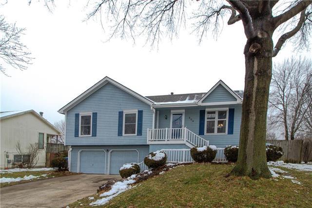 504 Sharon Drive, Liberty, MO 64068 (#2145226) :: Kansas City Homes