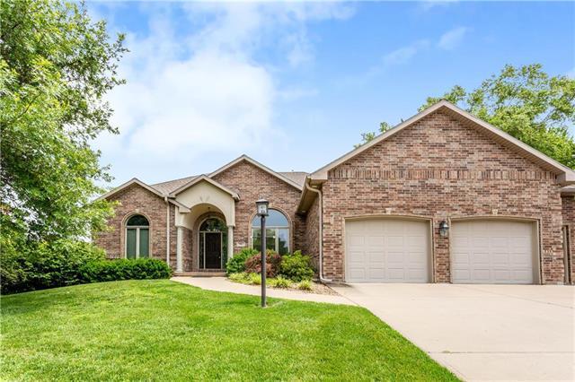 996 Pebble Beach Drive, Lansing, KS 66043 (#2145409) :: Eric Craig Real Estate Team