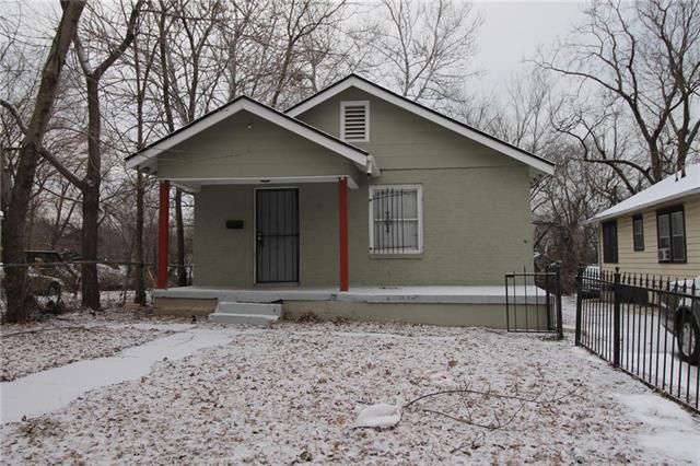 6833 Agnes Avenue, Kansas City, MO 64132 (#2145444) :: Eric Craig Real Estate Team