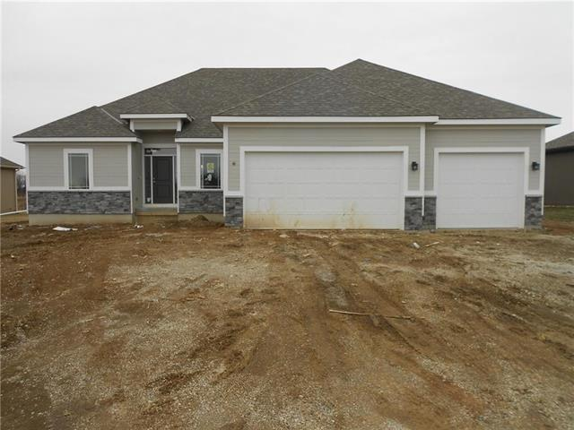 1059 SW Conch Circle, Lee's Summit, MO 64064 (#2145703) :: Edie Waters Network