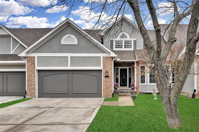 6415 W 133 Terrace, Overland Park, KS 66209 (#2146570) :: No Borders Real Estate