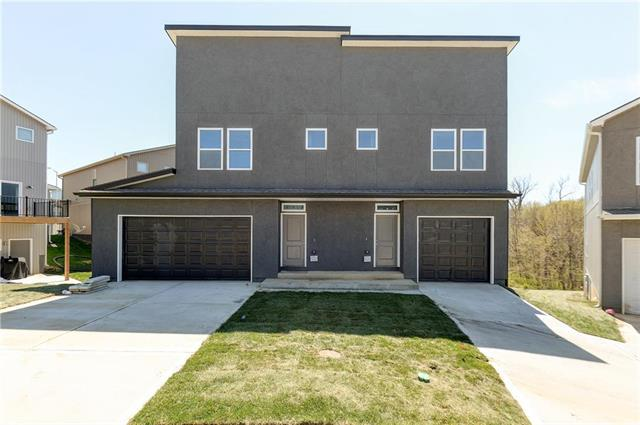 1223 NW 77th Street, Kansas City, MO 64118 (#2147206) :: The Shannon Lyon Group - ReeceNichols
