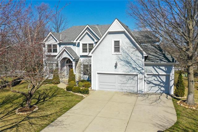 14732 Eby Street, Overland Park, KS 66221 (#2147405) :: House of Couse Group