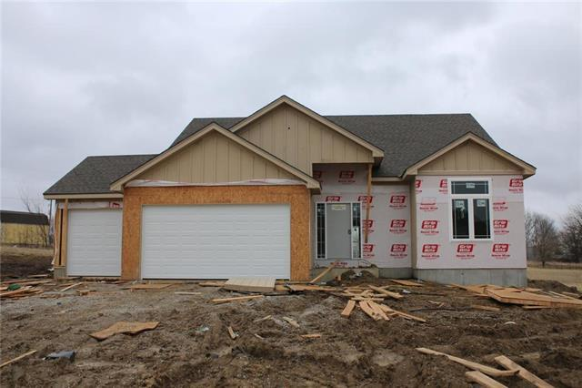 15235 Knight Road, Basehor, KS 66007 (#2147535) :: House of Couse Group