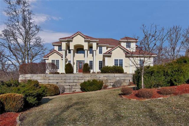 2416 NW Riven Rock Trail, Lee's Summit, MO 64081 (#2147544) :: House of Couse Group