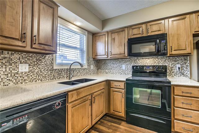 10126 W 96th Terrace, Overland Park, KS 66212 (#2147582) :: Team Real Estate