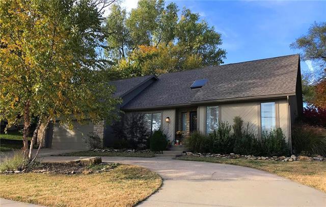 12910 W 71st Street, Shawnee, KS 66216 (#2147653) :: Kedish Realty Group at Keller Williams Realty