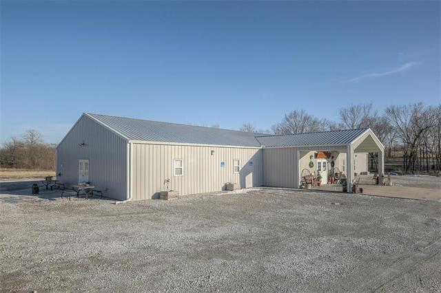 519 Prairie Lane, Raymore, MO 64083 (#2147722) :: House of Couse Group
