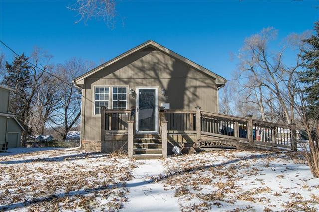 8422 Riggs Street, Overland Park, KS 66212 (#2148057) :: Team Real Estate