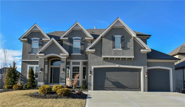 9514 W 152ND Court, Overland Park, KS 66221 (#2148406) :: Team Real Estate