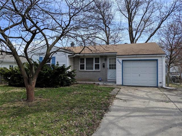 5001 N Manchester Avenue, Kansas City, MO 64119 (#2148827) :: House of Couse Group
