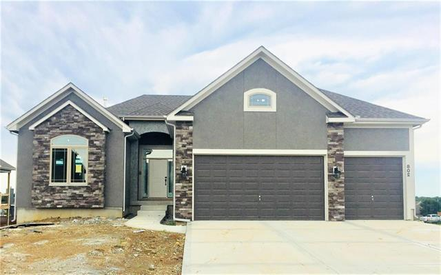 728 S Franklin Street, Raymore, MO 64083 (#2150147) :: House of Couse Group