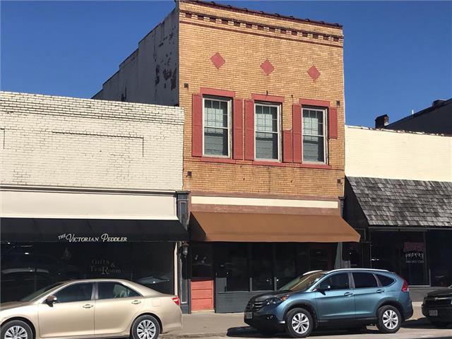 906 Main Street Street, Lexington, MO 64067 (#2150217) :: The Gunselman Team