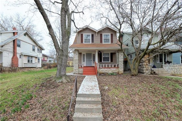 3409 College Avenue, Kansas City, MO 64130 (#2150230) :: Clemons Home Team/ReMax Innovations