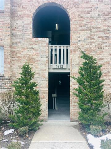 1712 E 97th Terrace C, Kansas City, MO 64131 (#2150388) :: Edie Waters Network