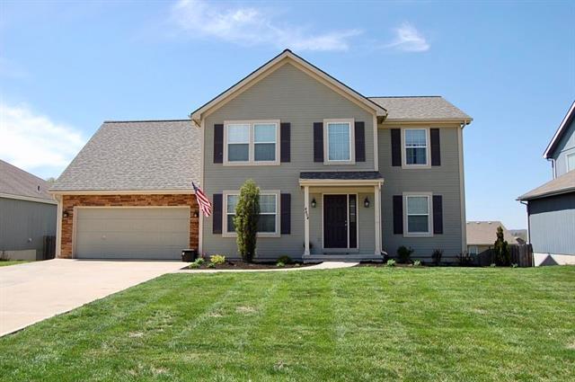 4804 Edgehill Street, Leavenworth, KS 66048 (#2150471) :: House of Couse Group