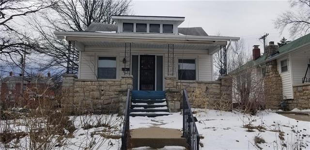 2001 Tauromee Avenue, Kansas City, KS 66102 (#2150692) :: The Shannon Lyon Group - ReeceNichols