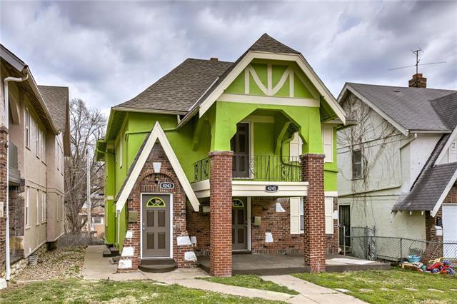 4245 Paseo Boulevard, Kansas City, MO 64110 (#2151798) :: House of Couse Group