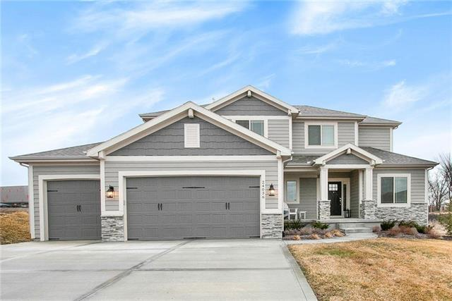 24036 W 98th Street, Lenexa, KS 66227 (#2151821) :: The Shannon Lyon Group - ReeceNichols