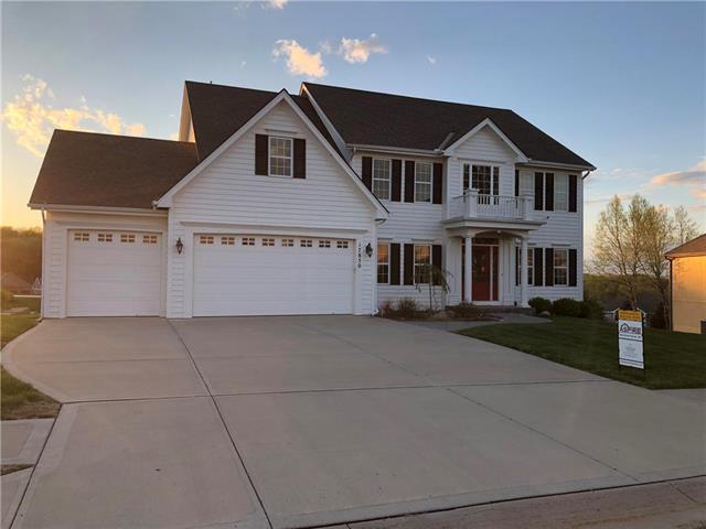 17850 NW 130th Terrace, Platte City, MO 64079 (#2152223) :: Edie Waters Network