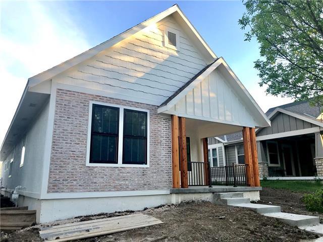 9109 NE 79TH Street, Kansas City, MO 64158 (#2152414) :: House of Couse Group