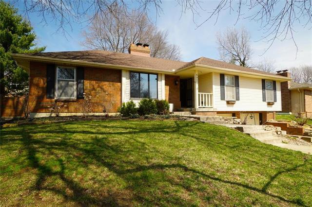 4921 Mockingbird Lane, St Joseph, MO 64506 (#2152565) :: No Borders Real Estate