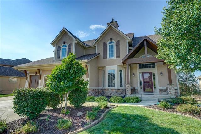 9030 N Seymour Avenue, Kansas City, MO 64153 (#2152673) :: House of Couse Group
