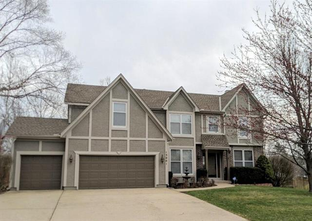 13001 Earnshaw Street, Overland Park, KS 66213 (#2152706) :: Edie Waters Network