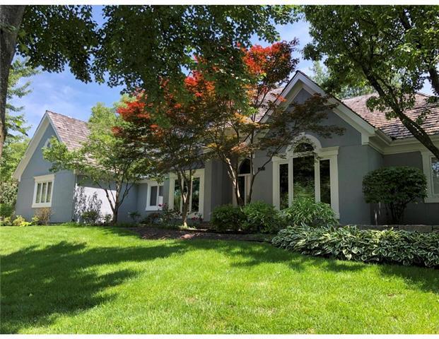 2305 W 118th Street, Leawood, KS 66211 (#2152803) :: Eric Craig Real Estate Team