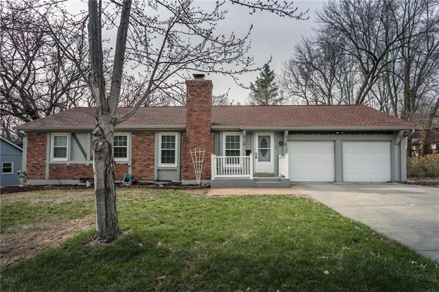 10125 W 67th Street, Merriam, KS 66203 (#2152902) :: No Borders Real Estate