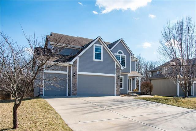2517 SW Golden Eagle Road, Lee's Summit, MO 64082 (#2153041) :: House of Couse Group