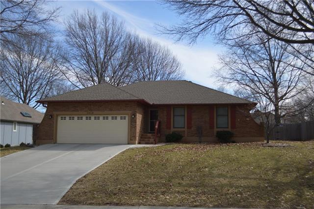 1412 NW Westwood Drive, Blue Springs, MO 64015 (#2153340) :: No Borders Real Estate
