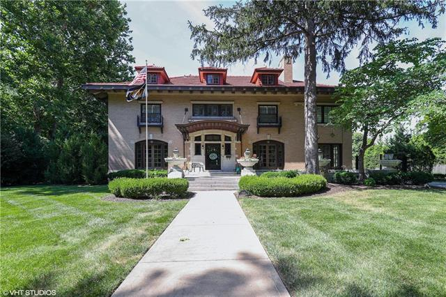 1020 Westover Road, Kansas City, MO 64113 (#2154008) :: House of Couse Group