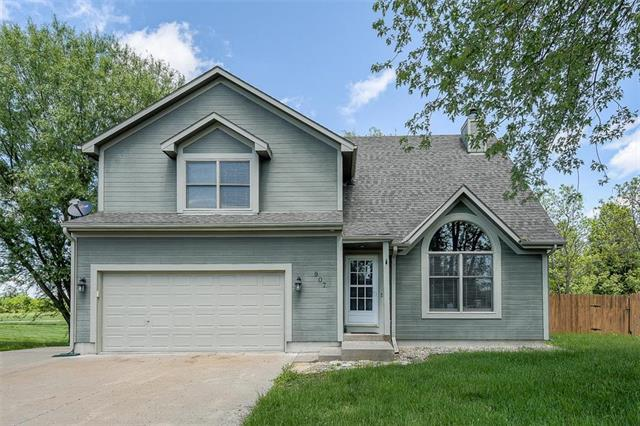 907 Rosewood Court, Paola, KS 66071 (#2154019) :: House of Couse Group