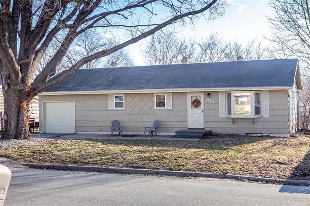 511 N 82nd Street, Kansas City, KS 66112 (#2154081) :: Edie Waters Network