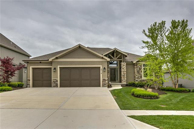 9519 W 164th Court, Overland Park, KS 66085 (#2154158) :: House of Couse Group