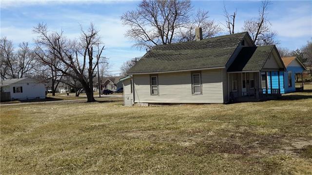 617 W Prairie Street, Cameron, MO 64429 (#2154282) :: Edie Waters Network