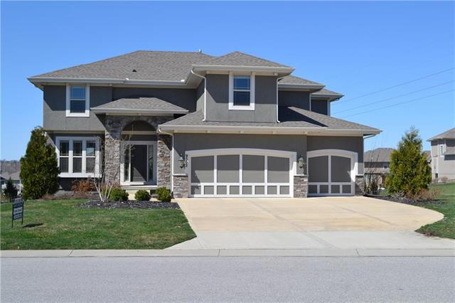 9502 W 164th Court, Overland Park, KS 66085 (#2154744) :: House of Couse Group