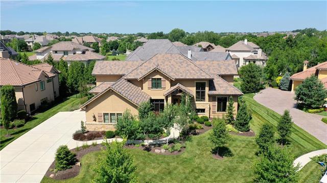 14608 Linden Street, Leawood, KS 66224 (#2155970) :: Kansas City Homes